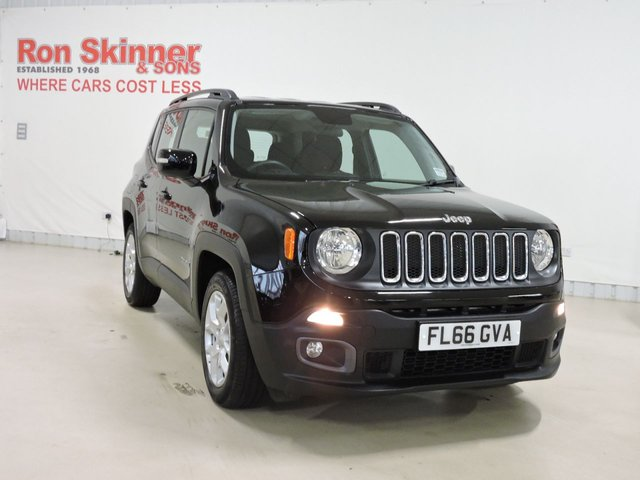 View our 2016 66 JEEP RENEGADE (28) 1.6 M-JET LONGITUDE 5d 118 BHP