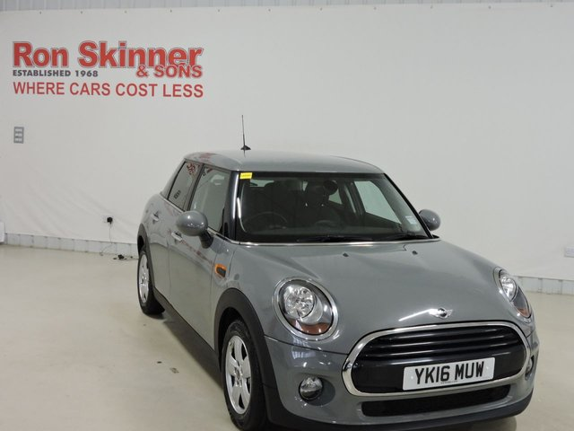View our 2016 16 MINI HATCH COOPER 1.5 COOPER D 5d 114 BHP with Pepper Pack + Mini Navigation + Rear Privacy
