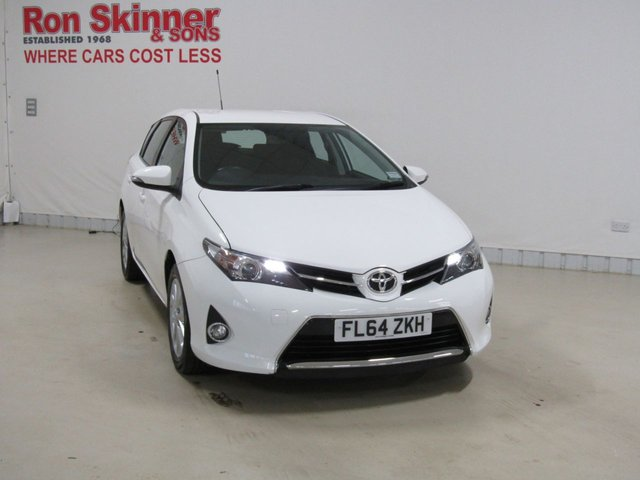 View our 2014 64 TOYOTA AURIS (46) 1.6 ICON VALVEMATIC 5d 130 BHP