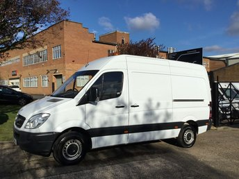 2013 MERCEDES-BENZ SPRINTER 2.1 313CDI MWB HIGH ROOF 130BHP. 1 OWNER. LOW FINANCE RATE. PX £6990.00