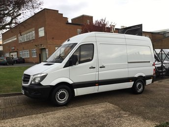 2014 MERCEDES-BENZ SPRINTER 2.1 313CDI MWB HIGH ROOF 130BHP. VERY LOW 43,000 MILES. FSH. £11990.00