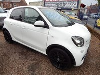 """USED 2016 66 SMART FORFOUR 1.0 EDITION WHITE 5d AUTO 71 BHP 16"""" WHEELS , BLACK LEATHER, PAN ROOF, SAT NAV, STUNNING EXAMPLE"""