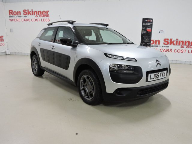 View our 2015 65 CITROEN C4 CACTUS 1.2 PURETECH FEEL 5d 80 BHP