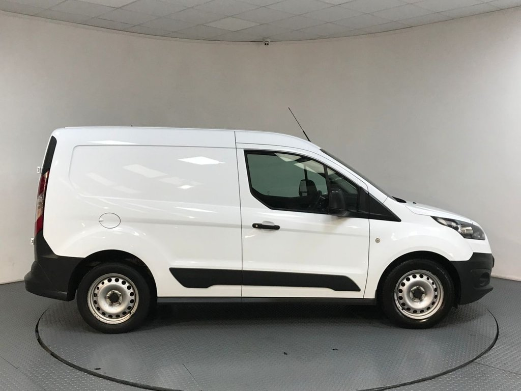 USED 2014 14 FORD TRANSIT CONNECT 1.6 200 P/V 1d 94 BHP SERVICE HISTORY - 1 OWNER - BLUETOOTH CONNECTIVITY - AUX / USB CONNECTION - DAB DIGITAL RADIO