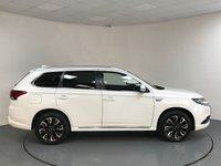 USED 2016 66 MITSUBISHI OUTLANDER 2.0 PHEV GX 3H PLUS 5d AUTO 161 BHP SERVICE HISTORY - 1 OWNER - LEATHER - REAR SENSORS - BLUETOOTH - AIR CON - CRUISE - SUN - ISOFIX