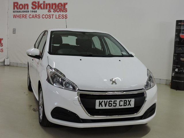 View our 2016 65 PEUGEOT 208 1.2 ACTIVE 5d 82 BHP