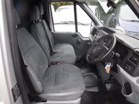 USED 2014 63 FORD TRANSIT 2.2 330 1d 124 BHP GREAT VAN WITH GREAT SERVICE HISTORY BEEN VERY WELL LOOKED AFTER IN GLEAMING METALLIC SILVER HAS GREAT SPEC WITH A  6 SPEED MANUAL GEARBOX  ELEC WINDOWS ELEC MIRRORS, CRUSE CONTROL, REMOTE CENTRAL LOCKING, BULK HEAD, PLY LINED,  JUST BEEN SERVICED READY TO GO
