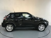 USED 2016 66 NISSAN JUKE 1.6 N-CONNECTA XTRONIC 5d AUTO 117 BHP SERVICE HISTORY - 1 OWNER - SAT NAV - HALF LEATHER - REAR CAMERA - AIR CON - BLUETOOTH - CRUISE