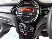 USED 2014 64 MINI HATCH COOPER 1.5 COOPER 5d AUTO 134 BHP **AIR CON** ** 1 OWNER * DAB * £30 TAX **