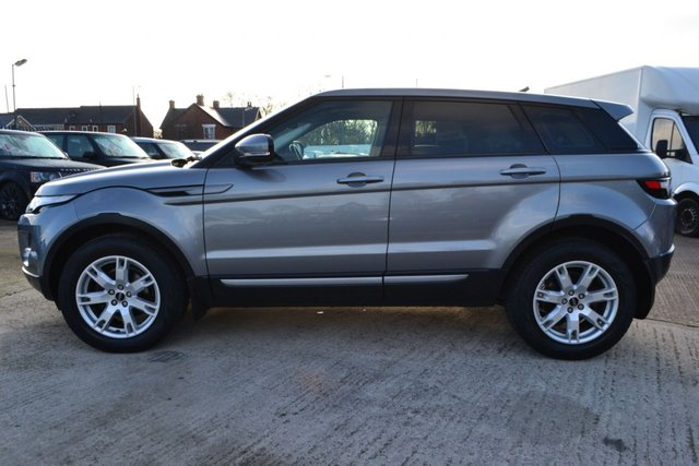 USED 2013 63 LAND ROVER RANGE ROVER EVOQUE 2.2 SD4 PURE TECH 5d AUTO 190 BHP ~ SAT NAV ~ HEATED LEATHER SAT NAV ~ HEATED LEATHER ~ PAN ROOF ~ 6 MONTHS WARRANTY