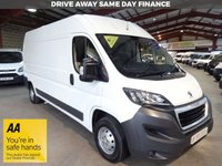 """USED 2017 17 PEUGEOT BOXER 2.0 BLUE HDI 335 L3H2 PROFESSIONAL P/V LWB VAN 130 BHP-VERY LOW MILEAGE-ONE OWNER-SAT NAV-AIR CON """"YOU'RE IN SAFE HANDS"""" - AA DEALER PROMISE"""