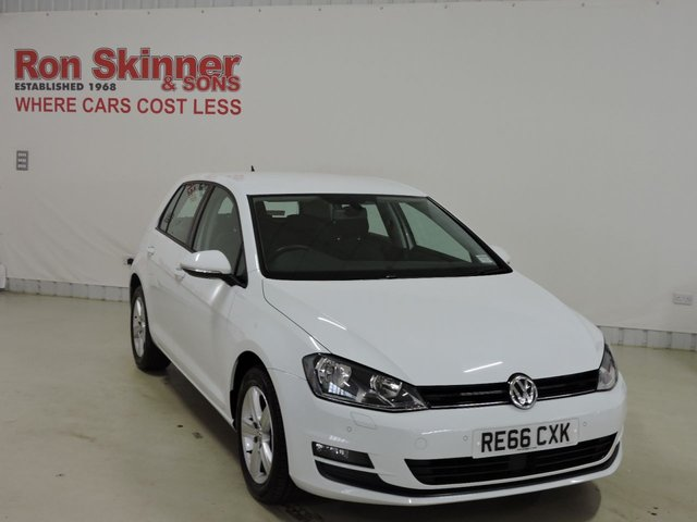 View our 2016 66 VOLKSWAGEN GOLF 1.6 MATCH EDITION TDI BMT 5d 109 BHP
