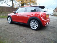 USED 2014 14 MINI HATCH COOPER 2.0 COOPER S 3d 189 BHP FANTASTIC MINI COOPER S. OVER £6500 OF OPTIONS. SAT NAV. LED LIGHTS. HEADS UP DISPLAY