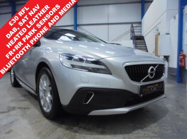 2016 66 VOLVO V40 2.0 D4 CROSS COUNTRY PRO 5d AUTO 188 BHP