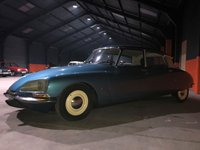 USED 1972 CITROEN D 20 SUPER  After 18 years of secret development as the successor to the Traction Avant, the DS 19 was introduced on 5 October 1955 at the Paris Motor Show. In the first 15 minutes of the show, 743 orders were taken, and orders for the first day totalled 12,000.[7] During the 10 days of the show, the DS took in 80,000 deposits; a record that stood for over 60 years,[8] until it was eclipsed by the Tesla Model 3 which received 180,000 first day deposits in March 2016.[9]  Contemporary journalists said the DS
