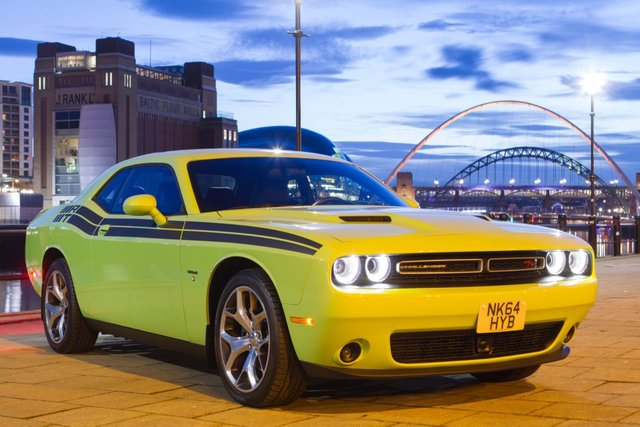 View our DODGE CHALLENGER
