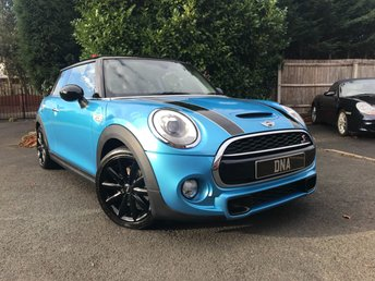 2016 MINI HATCH COOPER 2.0 COOPER S 3d 192 BHP (Chili Media Pack XL) £14999.00