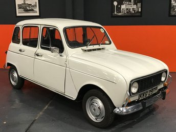 View our RENAULT 4