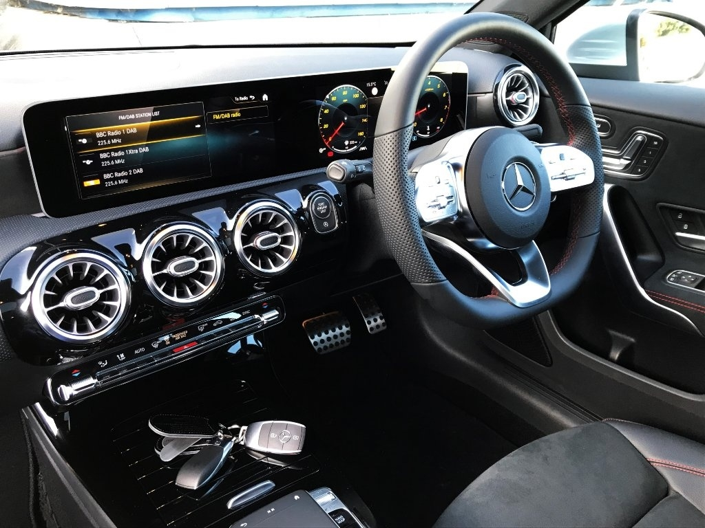 Mercedes Benz A Class 1 3 A200 Amg Line Premium Plus 7g