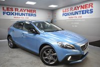 USED 2015 15 VOLVO V40 1.6 D2 CROSS COUNTRY LUX 5d AUTO 113 BHP Automatic, 1 Owner, DAB radio, Bluetooth, Cruise control