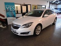 USED 2017 66 VAUXHALL INSIGNIA 2.0 SRI NAV CDTI ECOFLEX S/S 5d 167 BHP Owned by one local company, full service history. Vauxhall warranty till Feb 2020 when due its first Mot. Finished in Summit White.