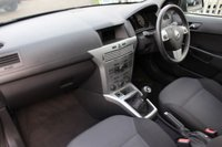 USED 2011 61 VAUXHALL ASTRA 1.6 ACTIVE 5d 113 BHP
