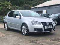 USED 2009 09 VOLKSWAGEN GOLF 2.0 GT TDI 5d 138 BHP FULL LEATHER TRIM+  FULL SERVICE RECORD +  PRIVACY GLASS +  17 INCH ALLOYS +  FULL YEAR MOT +