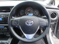 USED 2013 13 TOYOTA AURIS 1.4 ACTIVE D-4D 5d 89 BHP Full Toyota Service History