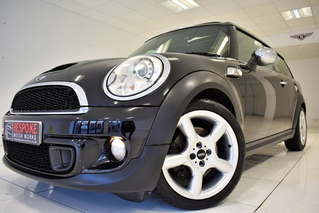 View our MINI CLUBMAN