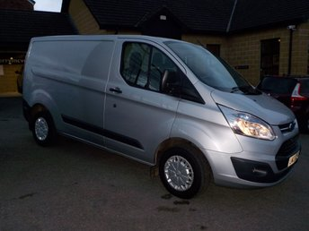 View our FORD TRANSIT CUSTOM 270 TREND LR P/V