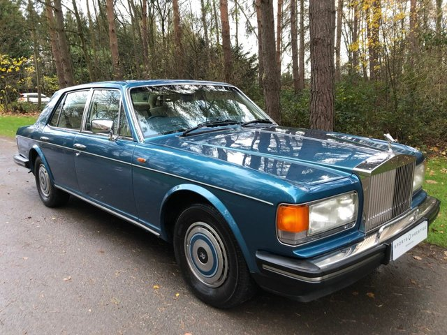USED 1988 ROLLS-ROYCE SILVER SPIRIT 6.8 V8 4d AUTO LAGOON BLUE WITH CREAM HIDE AND BLUE CARPETS - FULL SERVICE HISTORY - THREE KEYS - LOW OWNERS - RARE CLASSIC