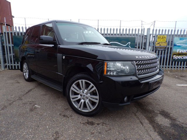 2010 10 LAND ROVER RANGE ROVER VOGUE 2010 (10) LAND ROVER VOGUE 3.6 DIESEL AUTOMATIC SAT NAV FULLY LOADED