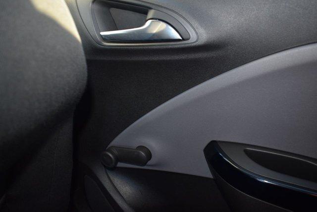 USED 2015 65 VAUXHALL CORSA 1.4 SE 5d AUTO 89 BHP