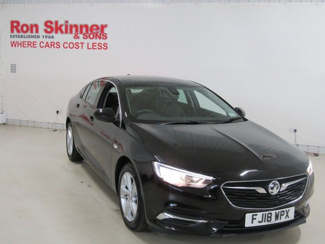 View our 2018 18 VAUXHALL INSIGNIA 1.6 GRAND SPORT TECH LINE NAV ECOTEC 5d 108 BHP