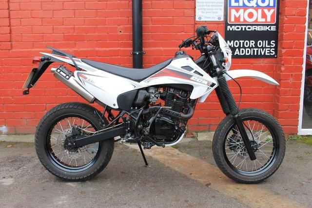 2009 09 CCM CXR230 S 223cc