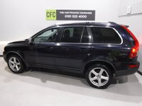 USED 2010 M VOLVO XC90 2.4 D5 R-DESIGN SE AWD 5d AUTO 185 BHP A REAL EXAMPLE OF A STUNNING AND VERY WELL LOOKED AFTER UTILITY VEHICLE , FINISHED IN GLEAMING BLUE  FULL VOLVO SERVICE HISTORY, 7 STAMPS ,  BLACK LEATHER INTERIOR WITH ELEC MEMORY  , 7 SEATS FRONT SPOT LIGHTS, CROME ROOF RAILS,  18INCH UPGRADED ALLOYS, , SAT NAV, LEATHER CLAD MULTI FUNCTION STEERING WHEEL,  BLUE TOOTH PREP, VOICE COMMAND,  AUX USB LEAD, AUTO HEAD LAMPS,  DAD CD RADIO