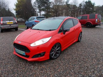 2015 FORD FIESTA 1.0 ZETEC S RED EDITION 3d 139 BHP £7995.00