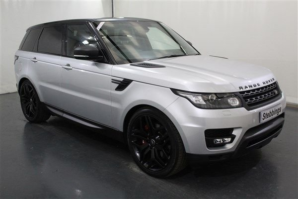 USED 2016 66 LAND ROVER RANGE ROVER SPORT 3.0 SDV6 HSE DYNAMIC 5d AUTO 306 BHP EU6, PAN ROOF, SAT NAV, STEALTH PACK, ADAPTIVE XENON HEADLIGHTS, POWERED FRONT SEATS WITH HEATING AND MEMORY, HEATED REAR SEATS, COLOUR TOUCHSCREEN MEDIA, VIRTUAL INSTRUMENT PANEL,KEYLESS ENTRY AND START, REAR VIEW CAMERA, FRONT AND REAR PARKING SENSORS, POWER TAILGATE, DUAL ZONE CLIMATE CONTROL, CRUISE CONTROL. 22 INCH SPLIT SATIN WHEELS,