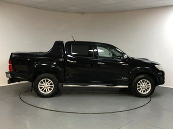 2015 TOYOTA HILUX Invincible D/Cab Pick Up 3.0 D-4D 4WD 171 Auto £16500.00