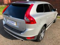 USED 2011 11 VOLVO XC60 2.4 D5 SE Lux Geartronic AWD 5dr