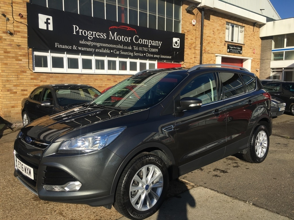Used   Ford Kuga   Tdci Titanium Dr Low Mileage  Previous Owner
