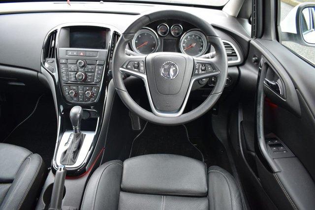 USED 2015 15 VAUXHALL ASTRA 2.0 ELITE CDTI 5d AUTO 163 BHP
