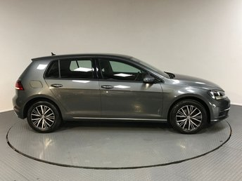 2017 VOLKSWAGEN GOLF 1.4 SE TSI BLUEMOTION TECHNOLOGY DSG 5d AUTO 121 BHP £14500.00