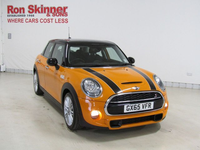 View our 2015 65 MINI HATCH COOPER 2.0 COOPER SD 5d 168 BHP with CHILI Pack + Visual Boost