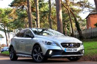 2015 VOLVO V40 2.0 D4 CROSS COUNTRY LUX NAV 5d AUTO 190 BHP £14495.00
