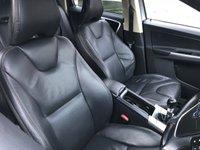 USED 2009 59 VOLVO XC60 2.4 D DRIVE SE 5d 175 BHP