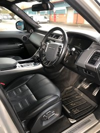 USED 2015 64 LAND ROVER RANGE ROVER SPORT 3.0 SDV6 AUTOBIOGRAPHY DYNAMIC 5d AUTO 306 BHP Heads Up Display, Deployable Side Steps and Low Rate Finance.
