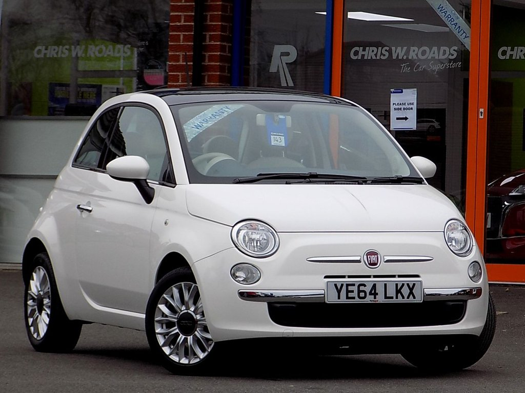 USED 2014 64 FIAT 500 1.2 Lounge 3dr  * Panoramic Roof + Bluetooth *