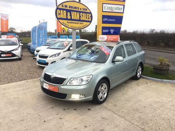 2012 SKODA OCTAVIA  ELEGANCE 1.6 TDI ESTATE **WITH ONLY 45000 MILES**FSH** £6995.00