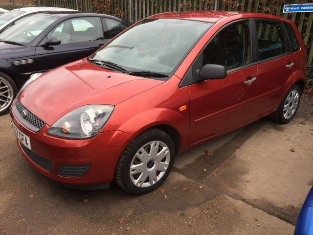 2007 57 FORD FIESTA 1.4 STYLE CLIMATE 16V 5d 78 BHP